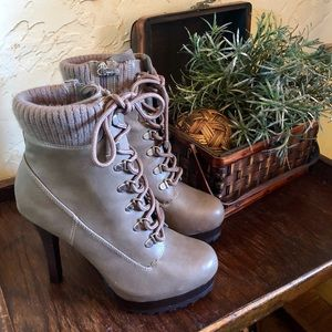 ✅ SOLD!!! The Fall Heeled Boot You Have To Have